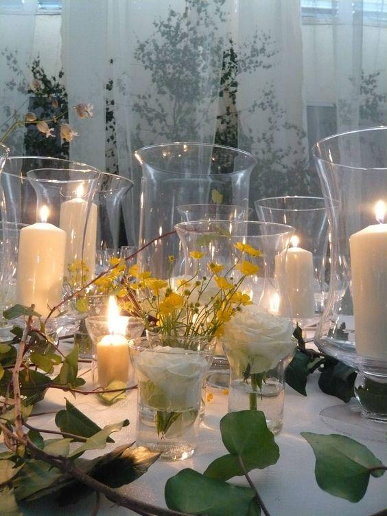 Centro de mesa con velas blancas by von str del centros - Centros con velas ...