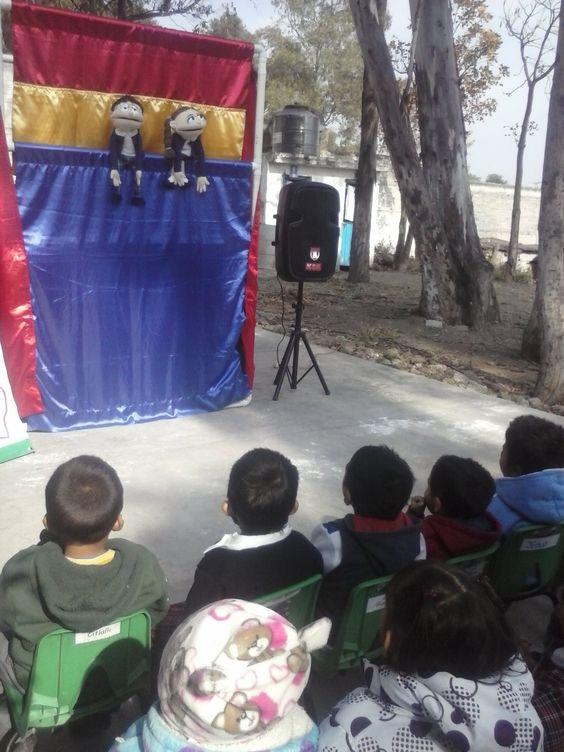 Fue una actividad para hacerles comprender a los niños sobre irse de pinta, con colaboración de la policía municipal