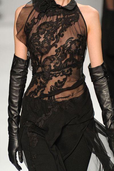 Elie Tahari. ... gorgeous.: Fashion Details, Style Lacedresses, Black Laces, Tahari Black, Tahari Lace, Black Lace Dresses, Black Dress, Elie Turns