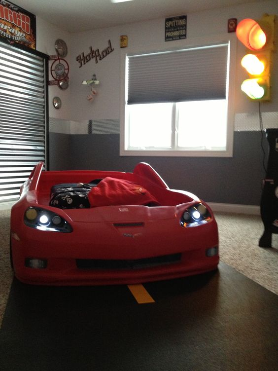 Carpet ideas garage and bedrooms on pinterest for Cars theme bedroom ideas