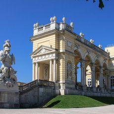 Gloriette - Schloss Schönbrunn | by Michael Weidemann | Canon EOS 450D | f/9.0 | 1/200 sec | ISO 100
