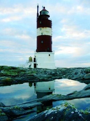 One day I'll stay in a lighthouse in Norway
