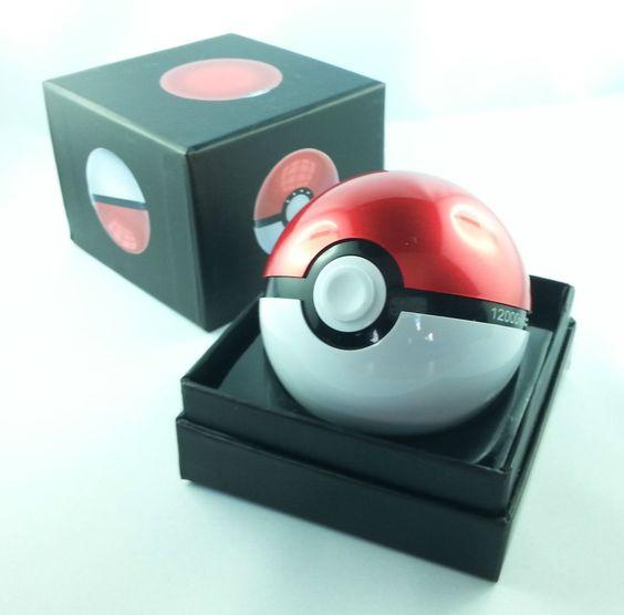 Pokemon Pokeball Powerbank 12000mAh *** Blitzlieferung aus DE ***