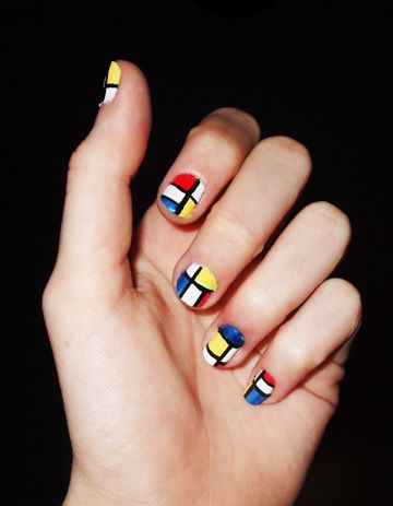 Quiet Lion Creations: YSL Mondrain Nail Design...I MUST HAVE THIS.
