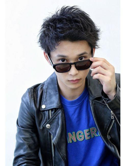 ワンオク Taka風 One Ok Rock Taka髪型 ツーブロッ L013049664 リップス 吉祥寺店 Lipps のヘアカタログ ホットペッパービューティー Taka 髪型 髪型 メンズヘアカット