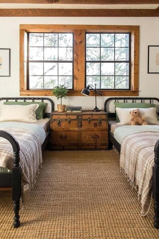 80 Fresh Rustic Decorating Ideas For A Cottage At The Lake Farmhouse Style Bedrooms Bedroom Makeover Cottage Bedroom