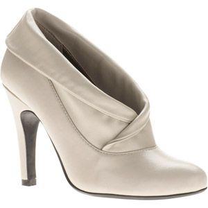 pretty white boots