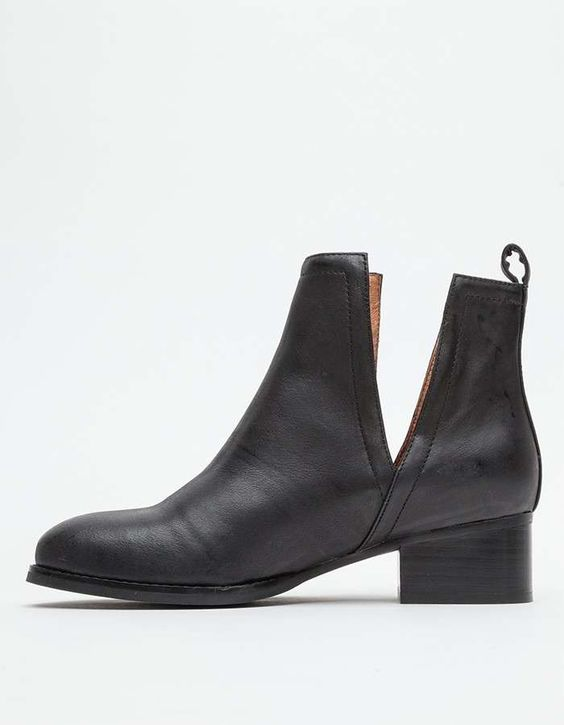 Jeffrey Campbell Oriley