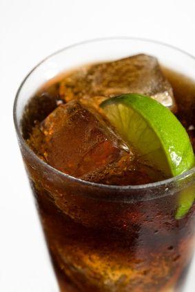 Skinny Man Jack & Coke: 2 shots Jack Daniels, 5 shots CokeZero. 128 calories.