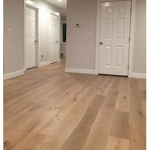 White Oak European Sawn Evelien Oil 5 8 X 7 1 2 X 24 75 Rustic 4mm Wear Layer Medium Brushed European White Oak Floors White Oak Hardwood Floors Floor Design