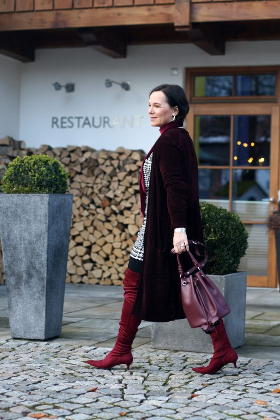 Trendy over-the-knee boots and long velvet cardigan by Lady of Style