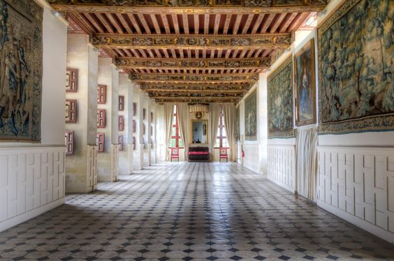 Château de Brissac intérieur