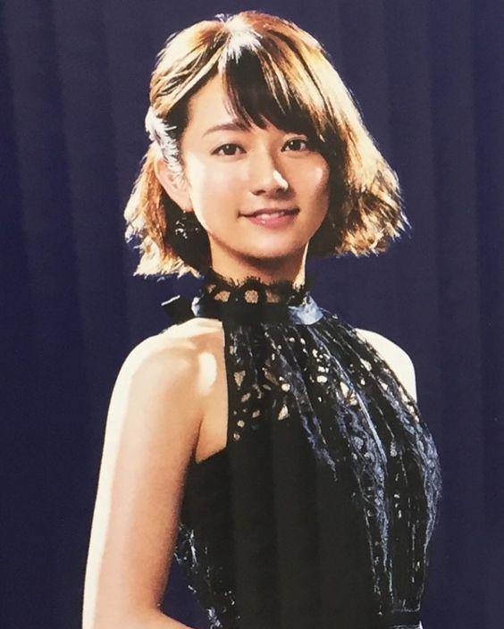 黒のドレスの木村文乃さん