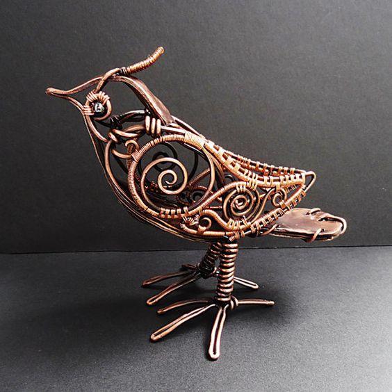 Escultura de alambre de cobre de steampunk de ave envuelto - Alambre de cobre ...