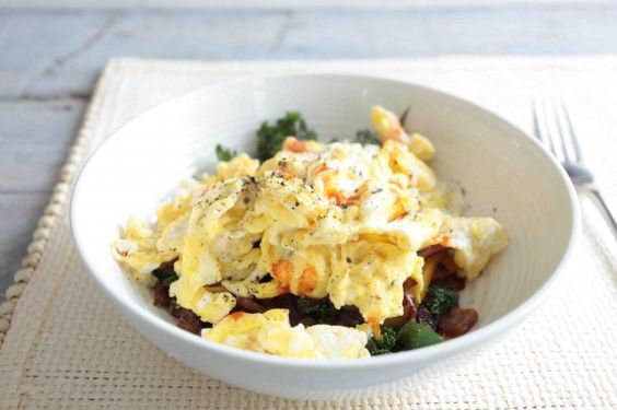 Egg scramble: sauteed bell peppers, sweet red onion, kale and ...
