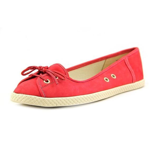 Nine West Rift Raft Women Flats (1355 RSD) ❤ liked on Polyvore featuring shoes, flats, red, red flats, nine west shoes, red shoes, red flat shoes and flat heel shoes