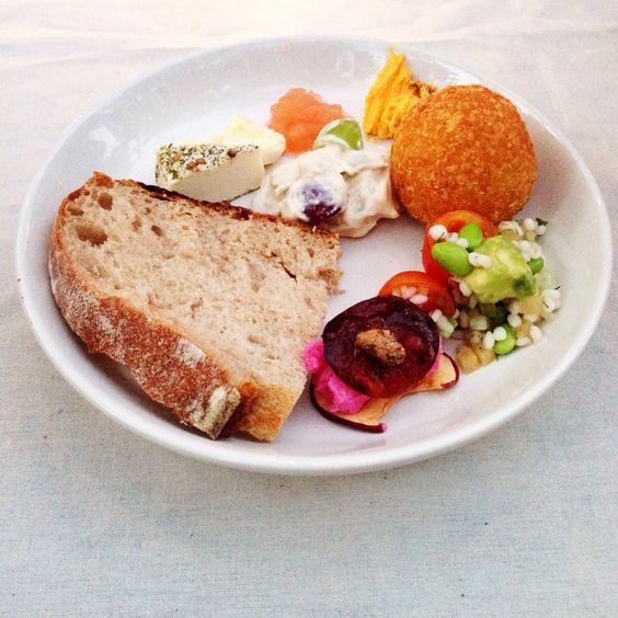 たかはしよしこさんが作るごはんは見た目にも鮮やかで見て楽しい食べておいしいお料理が盛りだくさんでした。