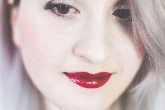 Urban Decay x Gwen Stefani lipstick