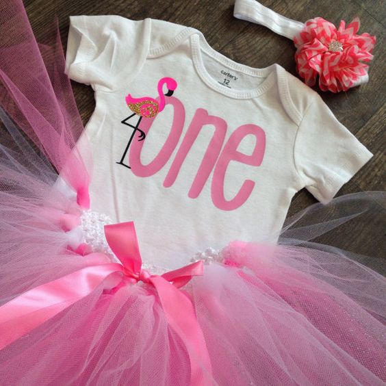 ONE cute flamingo birthday outfit by ItzyBitzyGlitzy on Etsy...change to five