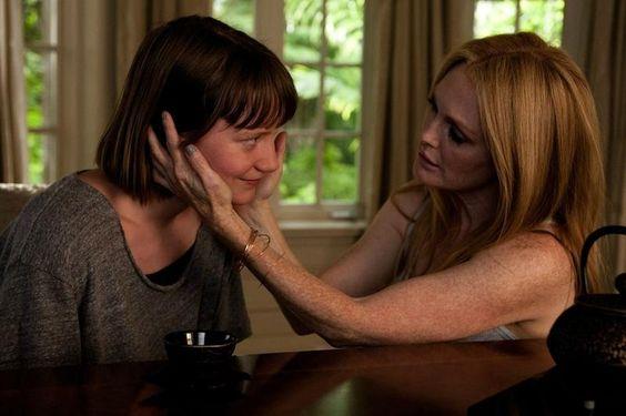 """Stills De Julianne Moore e Mia Wasikowska Em """"Maps..."""