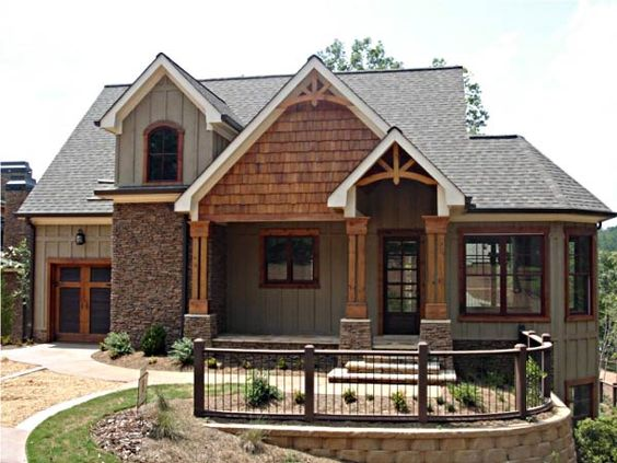 House plans lakes and craftsman on pinterest for Mountain craftsman house