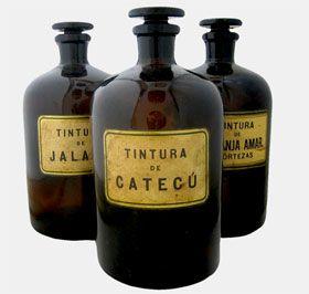 Botellas en colores oscuros
