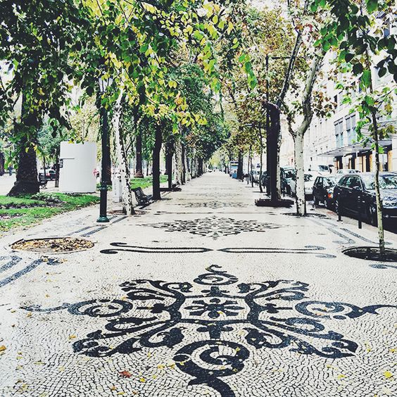 A Few Snapshots from Lisbon, Portugal :: This is Glamorous - Avenida da Liberdade, Lisboa: