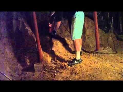Digging In Tn Churt Using A Hilti Te72 With A Clay Spade Youtube Dig Clay Spade