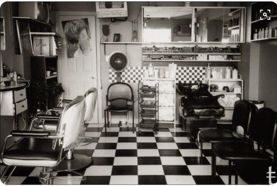 Old salon photo