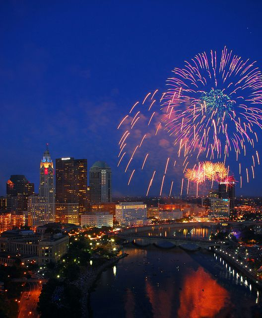 Red White & Bicentennial Boom! by Experience Columbus http://www.experiencecolumbus.com/blog/index.php/2012/06/29/your-guide-to-red-white-boom/#