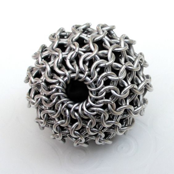 Chain mail exercise ball