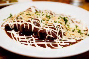 Enchiladas de mole...rico!