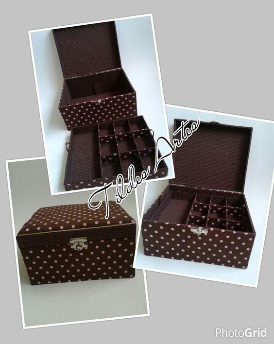 Caixa porta joias com divisórias e fecho de segurança medida 27x22x15 Aceito encomendas WhatsApp 11987774195