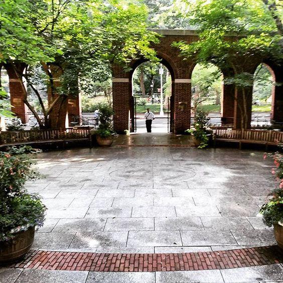 #goodmorning #nyu #lawschool #washingtonsquarepark #greenwichvillage #nyc - http://washingtonsquareparkerz.com/goodmorning-nyu-lawschool-washingtonsquarepark/