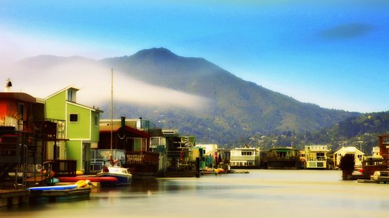 The houseboats of Sausalito. | 21 Reasons Marin County Is The Most Beautiful County