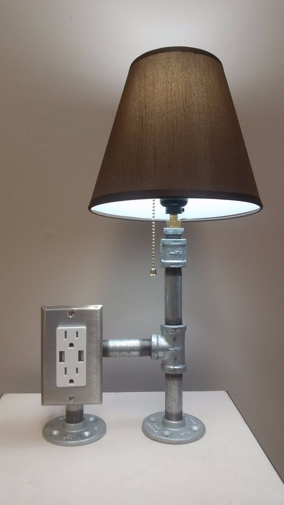 A galvanized steel pipe desk lamp that is simple yet for Diy pipe lamp