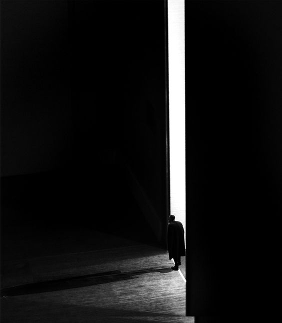 Darkness which can shine by Makoto Saito