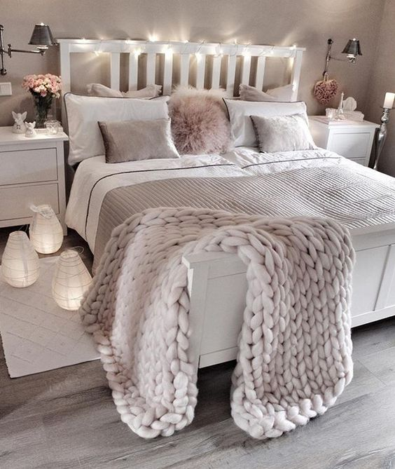 Best Ideas To Make Your Bedroom Extra Cozy And Romantic (21)
