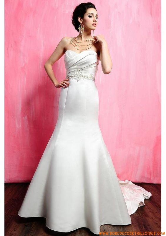 Belle robe avec traîne 2013 couture broderies robe de mariée satin