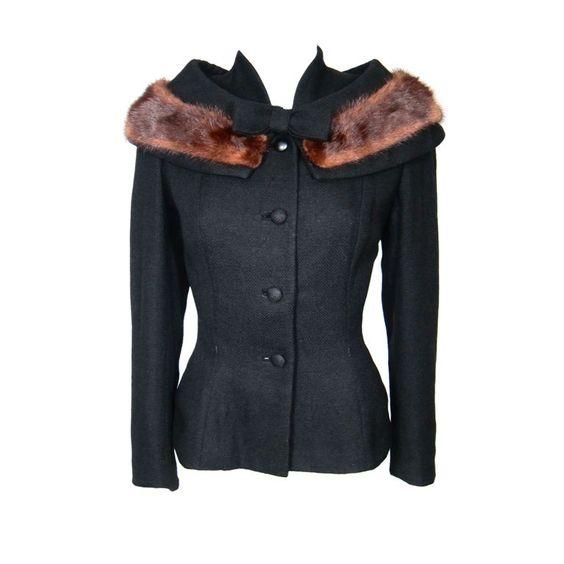 черное короткое пальто с мехом винтажный стиль