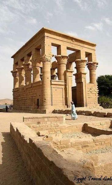 Филе храм на богинята Изида в Асуан, Египет., От Ирина
