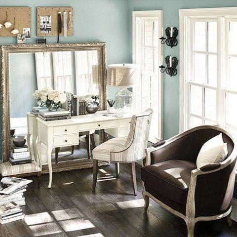 White Feminine Desks | ... Taking Feminine Sense: Comfy Feminine Home Office With White Desk