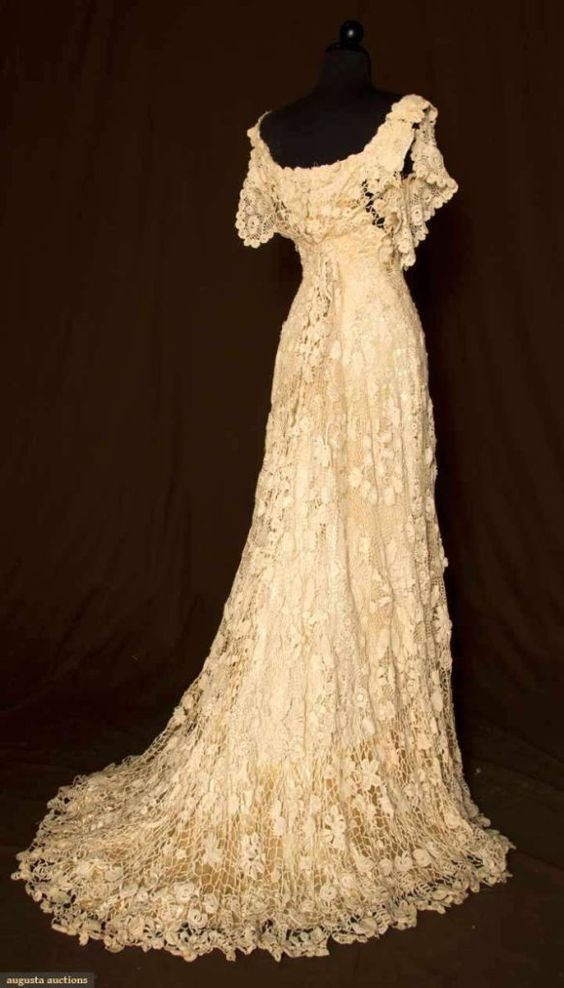 Vintage lace wedding dress trained irish crochet gown c for Crochet wedding dress patterns