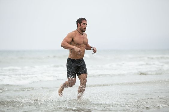 rich froning in water | 2011 Fittest Man on Earth: Rich Froning: Photo | CrossFit Games