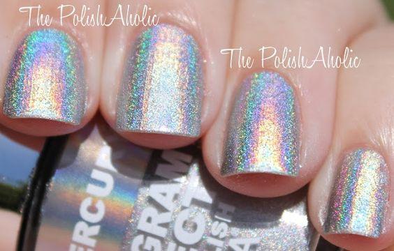 The PolishAholic Blog: Layla Hologram