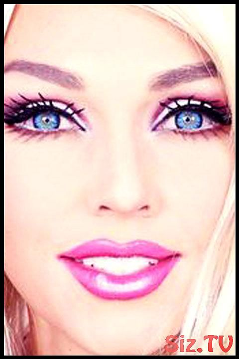5 Amazing Barbie Makeup Tutorials You Have To Try This Halloween Amazing Barbie Hallowee Makyaj Rehberi Goz Makyaji Rehberleri Goz Makyaji