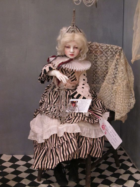 I think this is a Connie Lowe BJD doll, isn't she fabulous !
