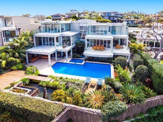 Mansions australia and modern mansion on pinterest for Modern mansion homes