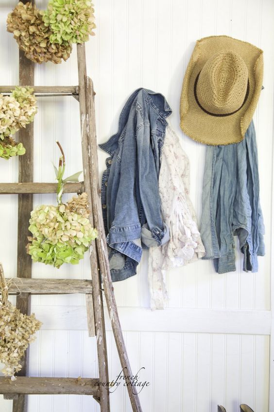 FRENCH COUNTRY COTTAGE: Hydrangeas ~Simple Autumn vignette From French Country Cottage