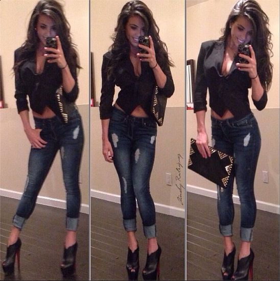Cropped blazer & jeans. Cute casual outfit.